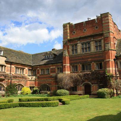 езикови ваканции в Wycombe Abbey1